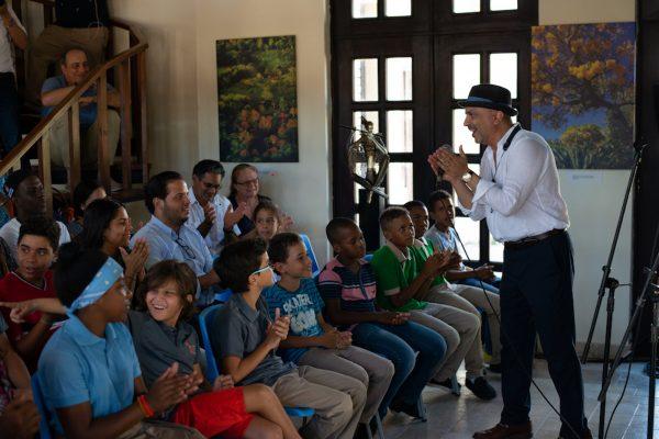 Free FEDUJAZZ workshop with local children | Academia de Arte & Musica de Punta Cana | 2018 | Photo Gabriel Rodes