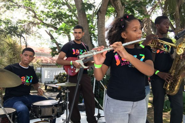 FEDUJAZZ students perform at the Discover Puerto Plata Marketplace, 4 October 2018.